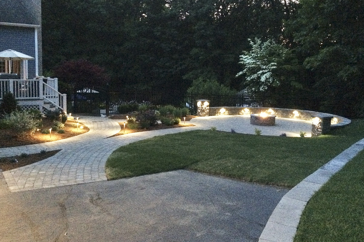 nowak_landscape_patio_led_lights